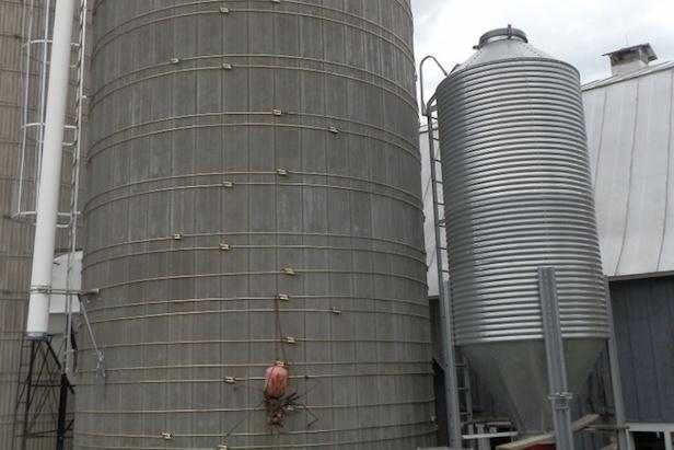 silloway-farms-silo